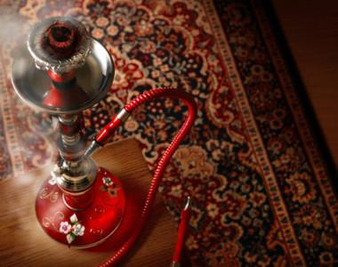 السجائر الالكترونية والشيشة قد تؤدي إلى زيادة التدخين